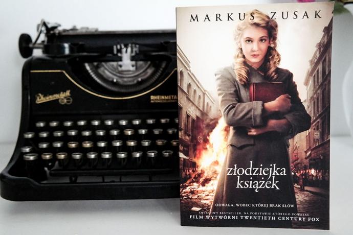 """Nasze recenzje: Markus Zusak, """"Złodziejka książek'"""