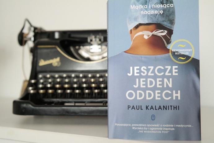 """""""Jeszcze jeden oddech"""" – o książce"""